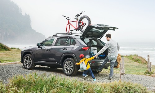 2021 Toyota RAV4 loading up with man and child