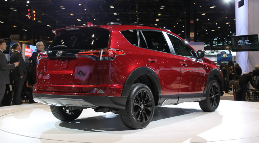 back right view of the 2018 Toyota RAV4 Adventure