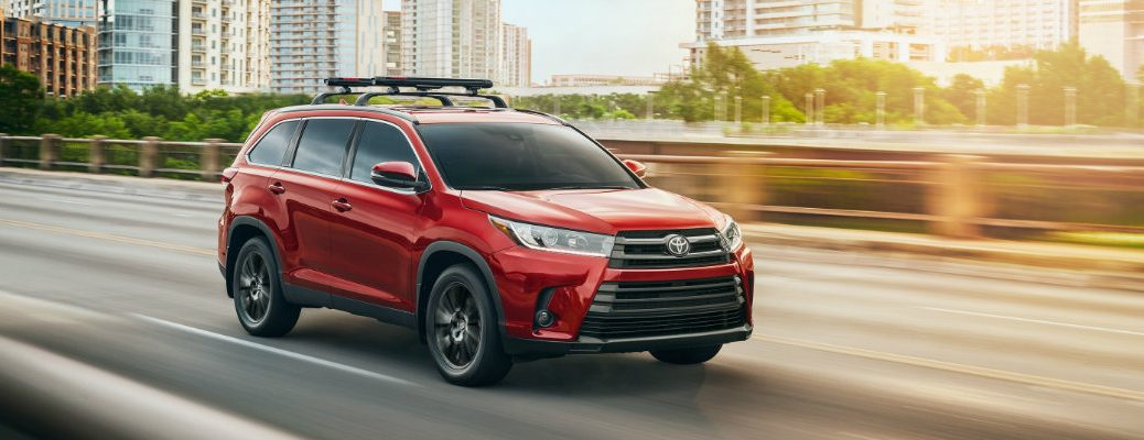 2019 Toyota Highlander driving on the highway