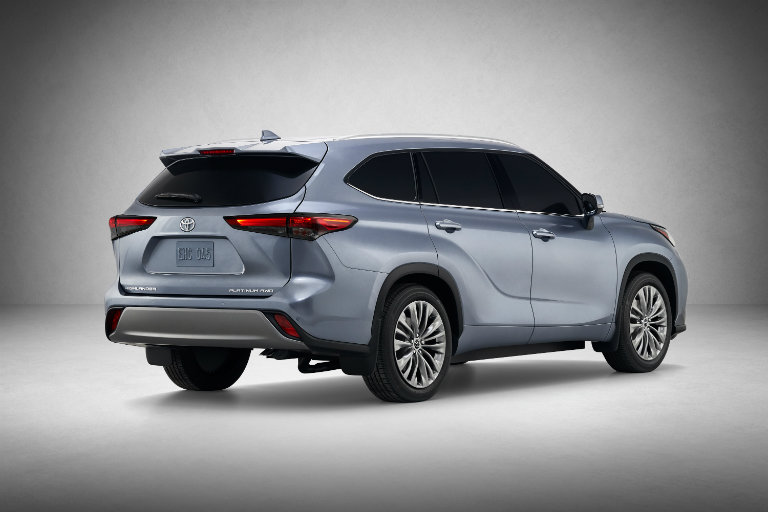 2020 Toyota Highlander from the side in the spotlight