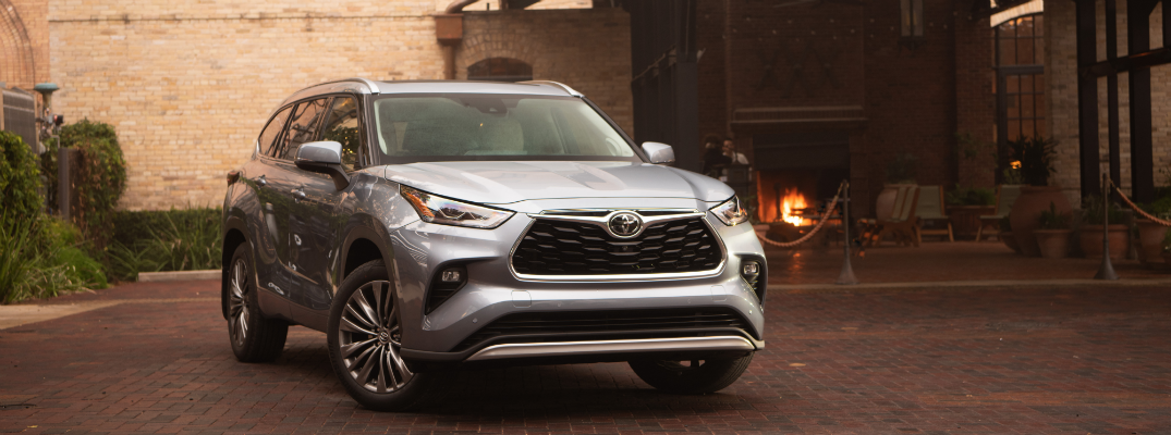 2020 Toyota Highlander Arrives at Le Mieux & Son Toyota