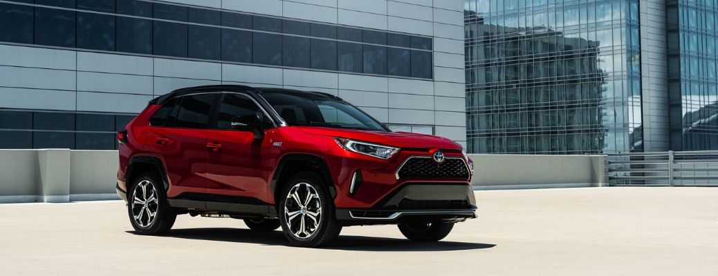 Toyota Plug-In Hybrid SUV Offers Fuel Efficiency, Power