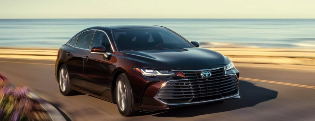 front quarter view of the 2022 Toyota Avalon