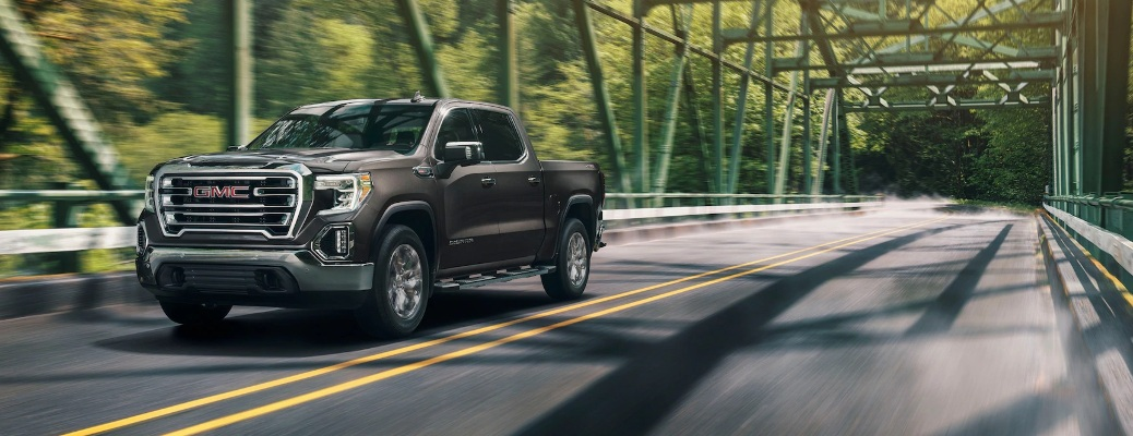 Twelve stunning color options are now available on the 2020 GMC Sierra 1500!