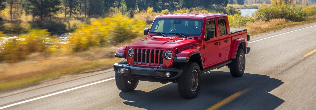 Ten beautiful colors lead the way for the 2020 Jeep Gladiator!