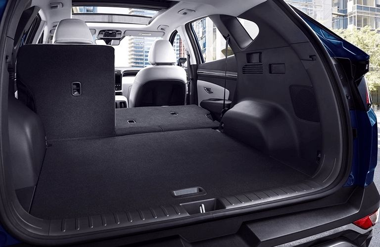 Interior and cargo space of the new Hyundai Tucson Hybrid