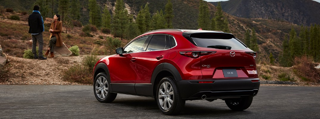 What Entertainment and Technology Features come with the 2020 Mazda CX-30?