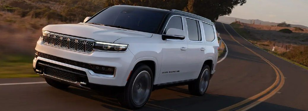2022 Jeep Wagoneer from front