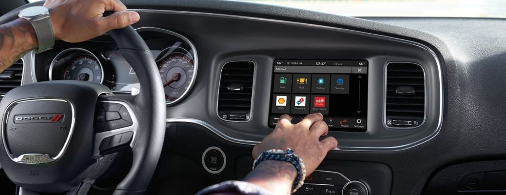 Uconnect® 5 Touchscreen Infotainment System Features
