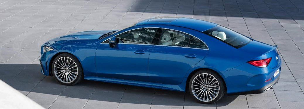 2022 Mercedes-Benz CLS blue exterior sky view driver side parked