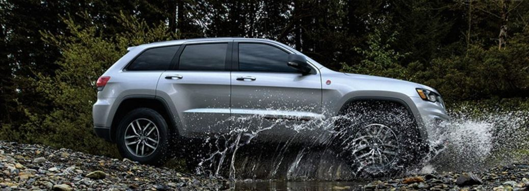 2020 Jeep Grand Cherokee driving through water
