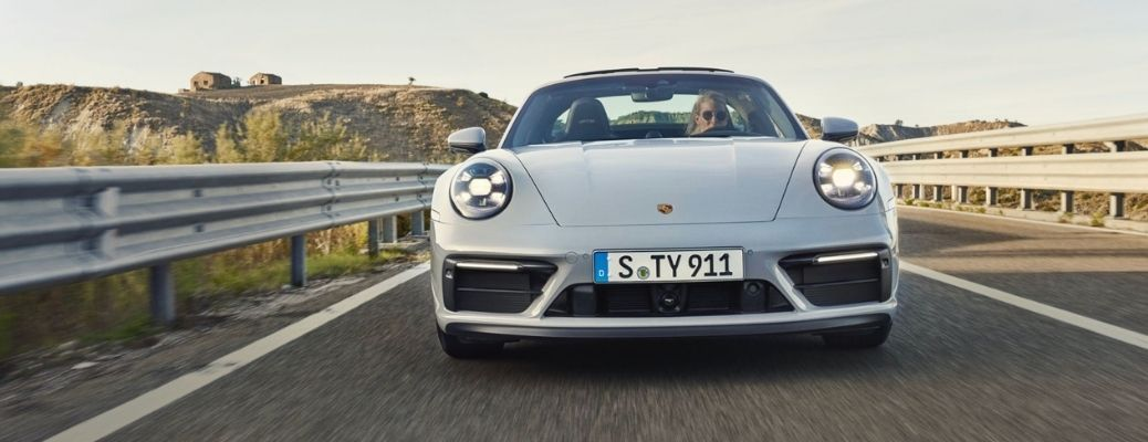 Catch the First Look of the 2022 Porsche 911 Carrera GTS