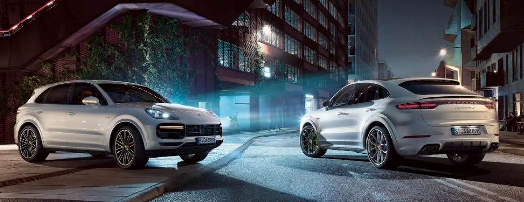 What are the Engine Specifications of the 2022 Porsche Cayenne?