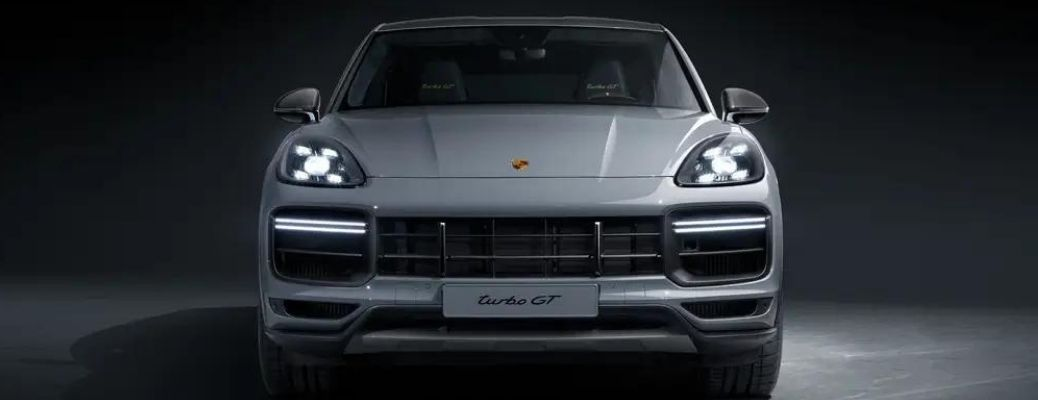 The front view of the 2022 Porsche Cayenne Turbo GT Gray