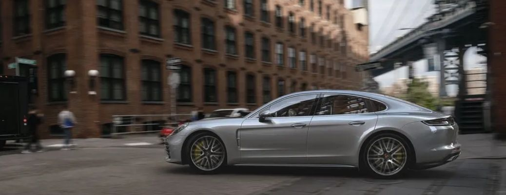 Does the 2022 Porsche Panamera Boast Powerful Engine Specifications?