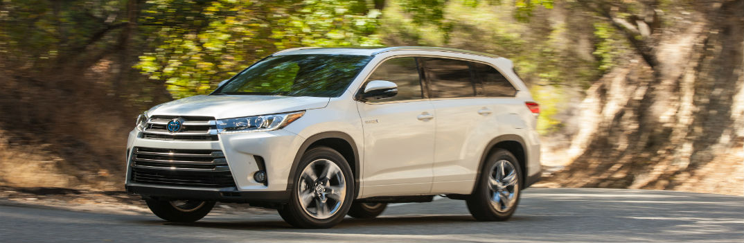 New Highlander Hybrid Features More Fuel-Efficiency and Power