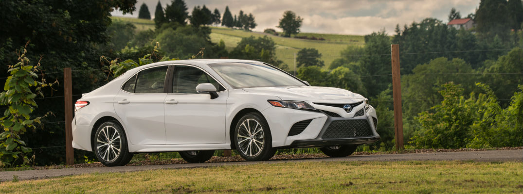IIHS debuts new crash test, 2018 Camry passes with top score