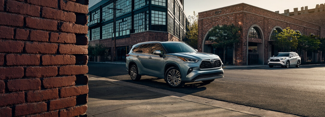 2020 Toyota Highlander parked on city curb