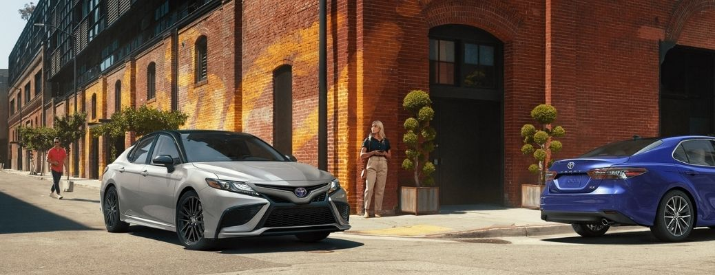 What Performance Features and Systems are on the 2021 Toyota Camry?