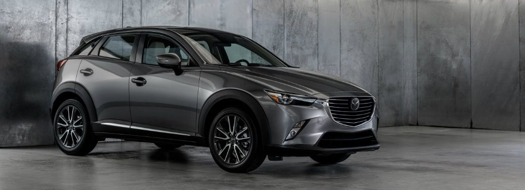 right side view of silver mazda cx-3
