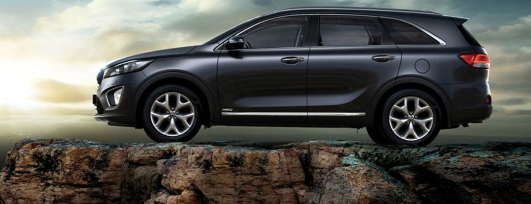 Side Profile View of 2018 Kia Sorento Perched on top of a Cliff