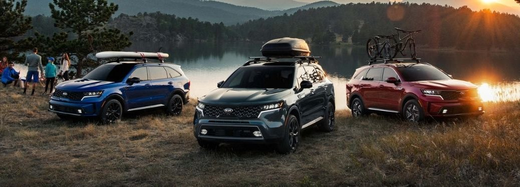 Exterior view of three 2021 Kia Sorento models