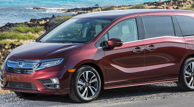red 2018 Honda Odyssey front side view