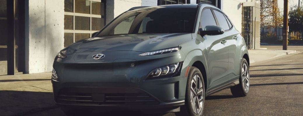 2022 Hyundai Kona Electric Front and Side View