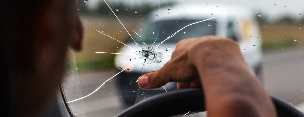 Where Can I Get My Windshield Replaced Near Phoenix?