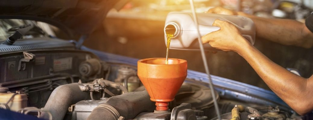 Where can I get oil and filter change for my car in Wolfforth, TX?