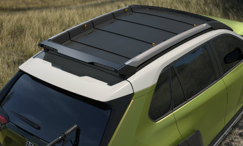 Multi-colored roof rails of Toyota FT-AC Concept