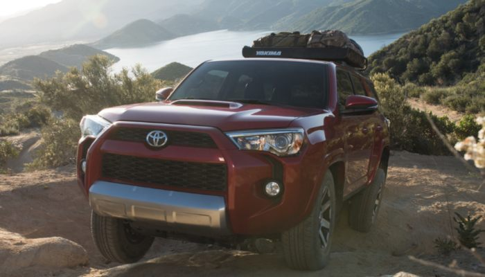 2019 Toyota 4Runner driving up a mountain