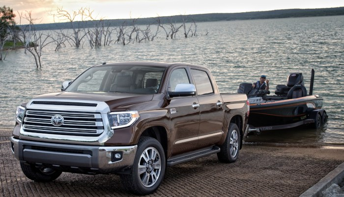2019 Toyota Tundra towing a boat out of the water