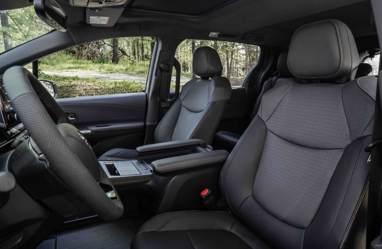 Sienna Woodland Special Edition front seats