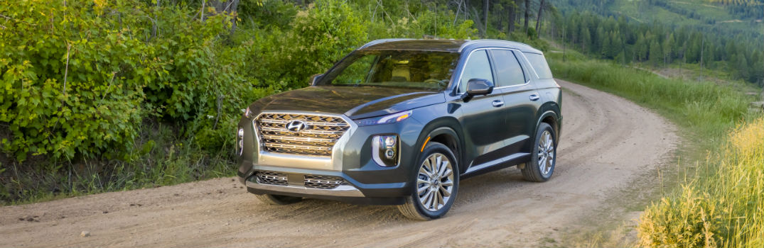Which Hyundai vehicle won a 2019 CarBuzz Family Fun Award?