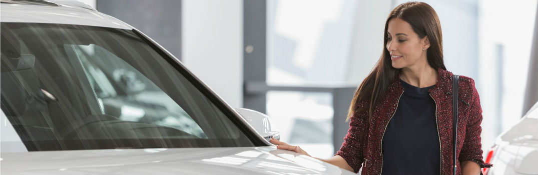 What are the advantages of leasing a Hyundai vehicle?