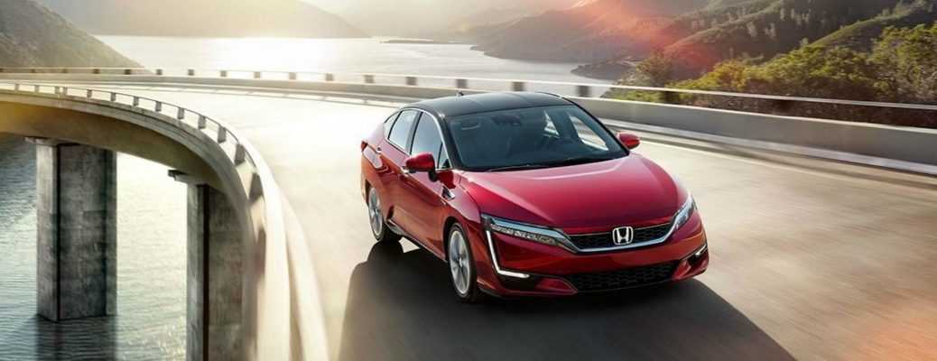 Take a First Look at the Honda Clarity Fuel Cell Exterior