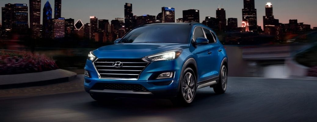 2020 Hyundai Tucson blue Chicago Skyline
