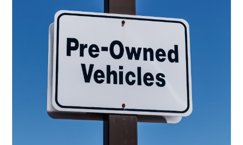 Pre-Owned vehicles sign