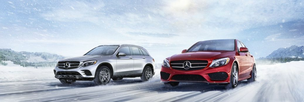 2 Mercedes-Benz GLA driving on the snow