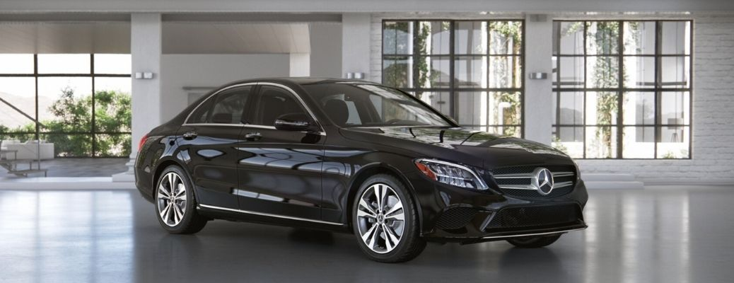 What are the prime features of the 2021 Mercedes-Benz C 300 Sedan?