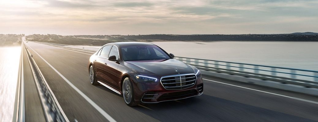 Watch the full overview video of the 2021 Mercedes-Benz S-Class