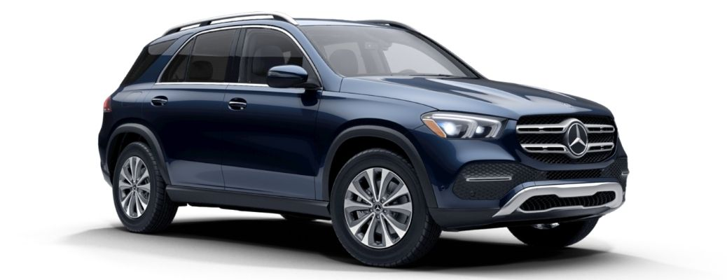 2022 MB GLE 350 SUV side and front view