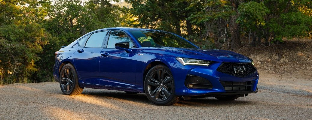 A right profile photo of the 2021 Acura TLX.
