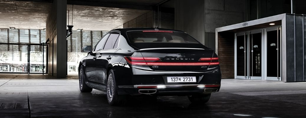 A back-view of the 2021 Genesis G90