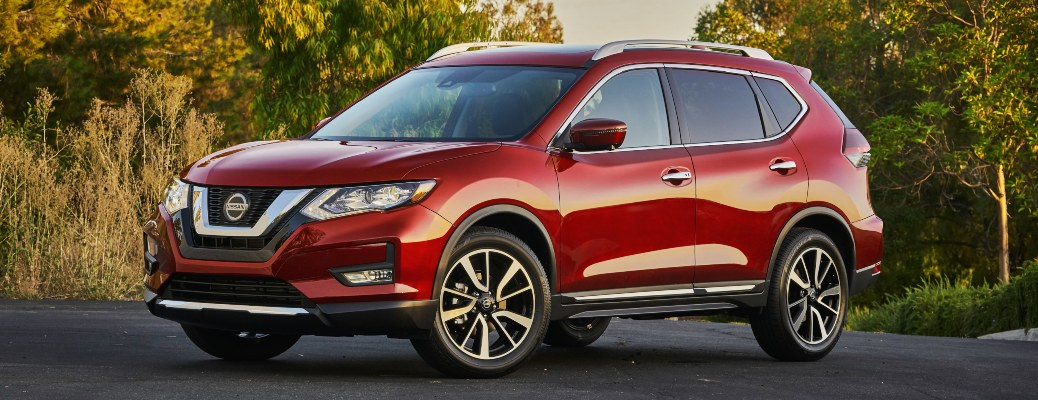 2020 Nissan Rogue red front side view