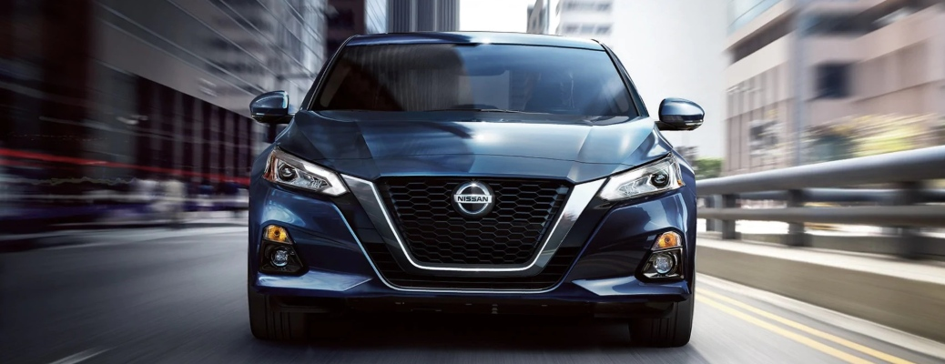 2020 Nissan Altima blue front view