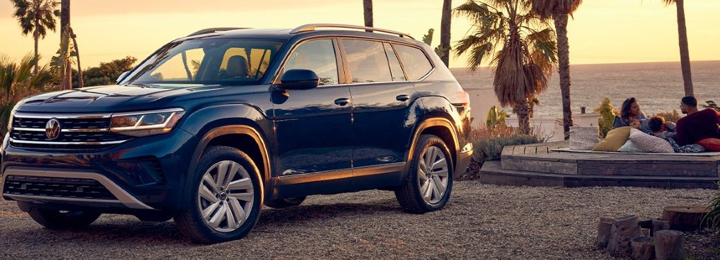 2021 Volkswagen Atlas front and side profile