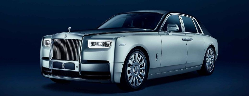 2018 Rolls-Royce Phantom Front View of White Exterior