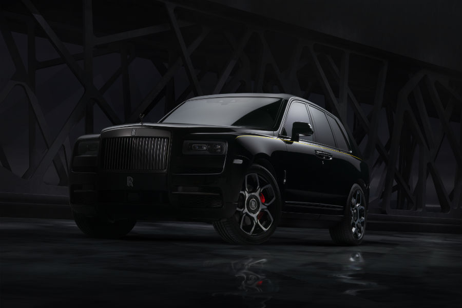 2020 Rolls-Royce Black Badge Cullinan Exterior Driver Side Front Profile